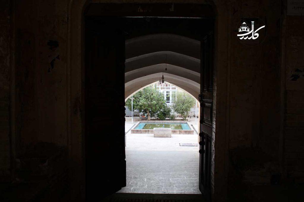 شاعر گمنام کاشان | زندگینامه قصاب کاشانی | شاعران کاشان | جاهای دیدنی کاشان