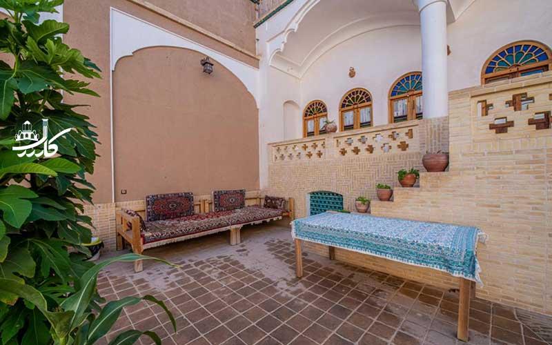 عکس اقامتگاه خانه پارسی کاشان