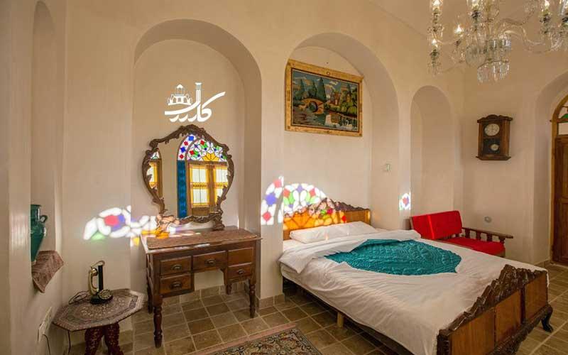 عکس اتاق خانه مرشدی کاشان